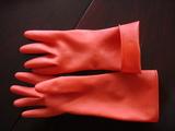 鱼鳞纹绒里卷边家用手套